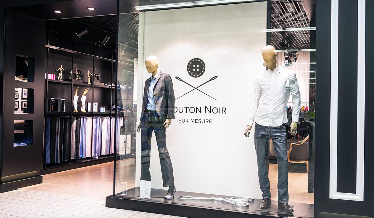 Le Concept De L Enseigne Bouton Noir Remporte Le Trophee Du